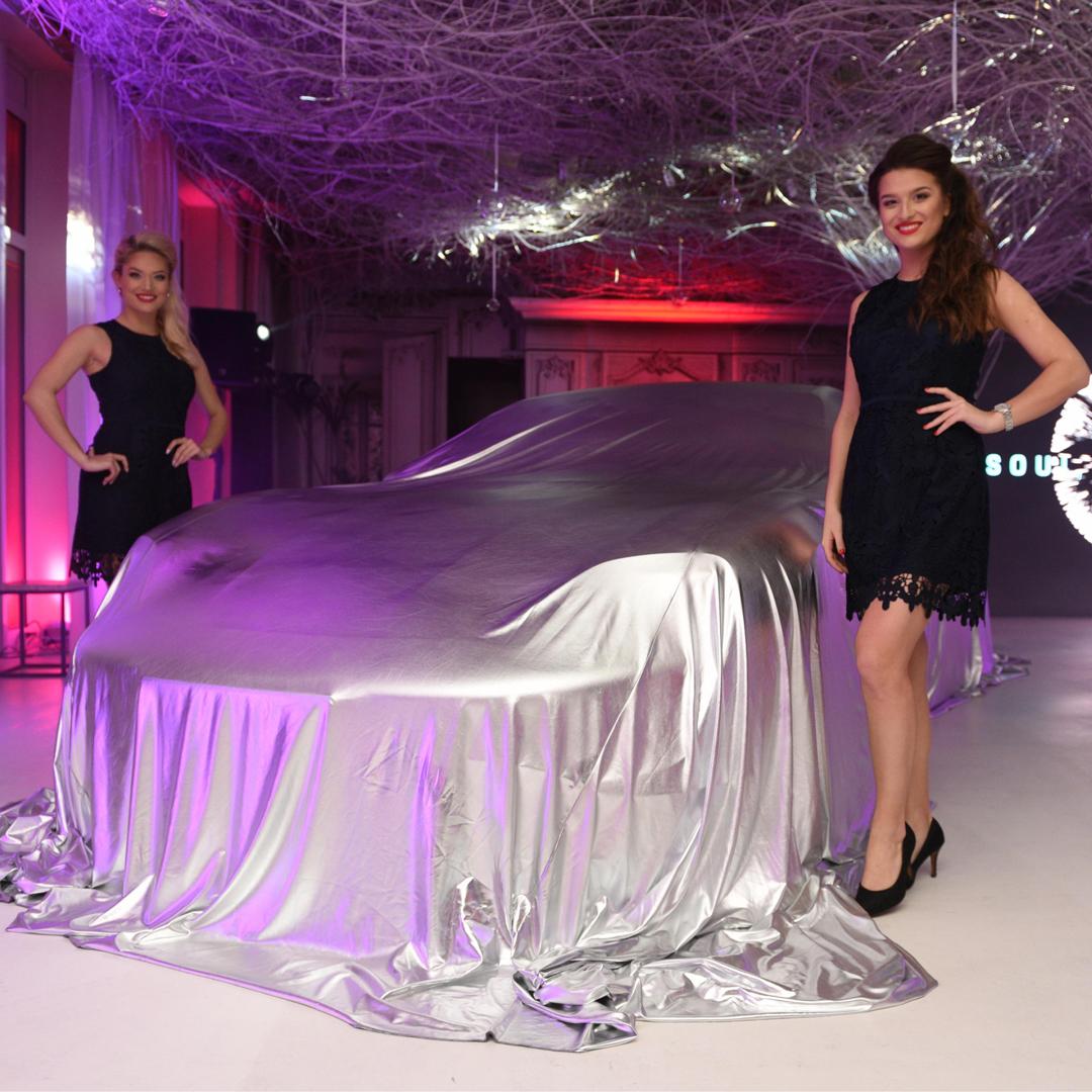 Odhalení nového modelu Porsche Taycan